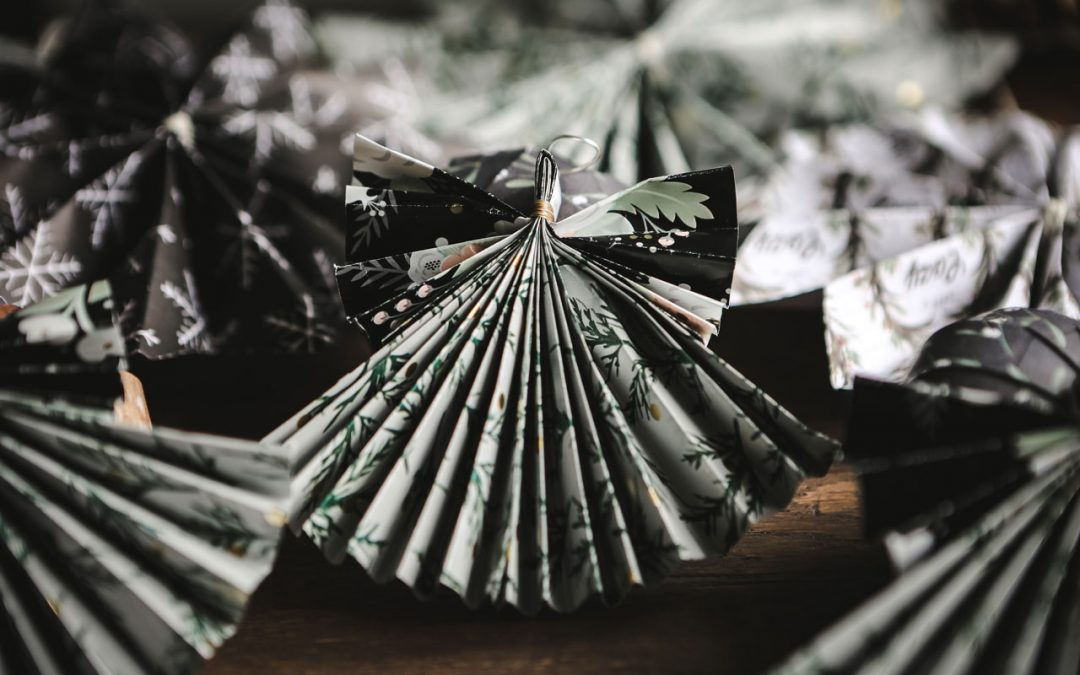 Handmade Christmas – Paper Angels Tutorial